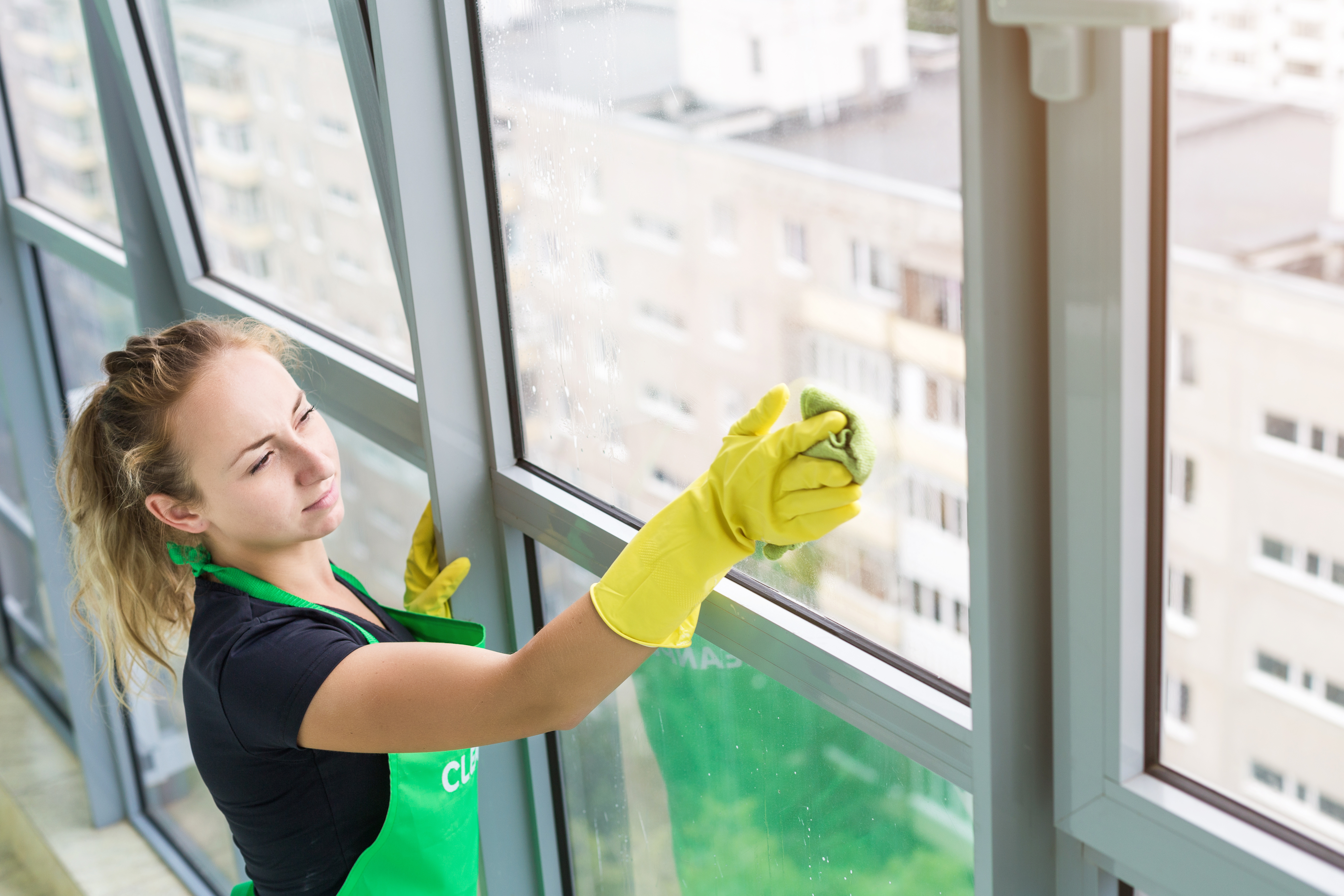 6 Ways to ImproveCleaning StaffEfficiency and Productivity